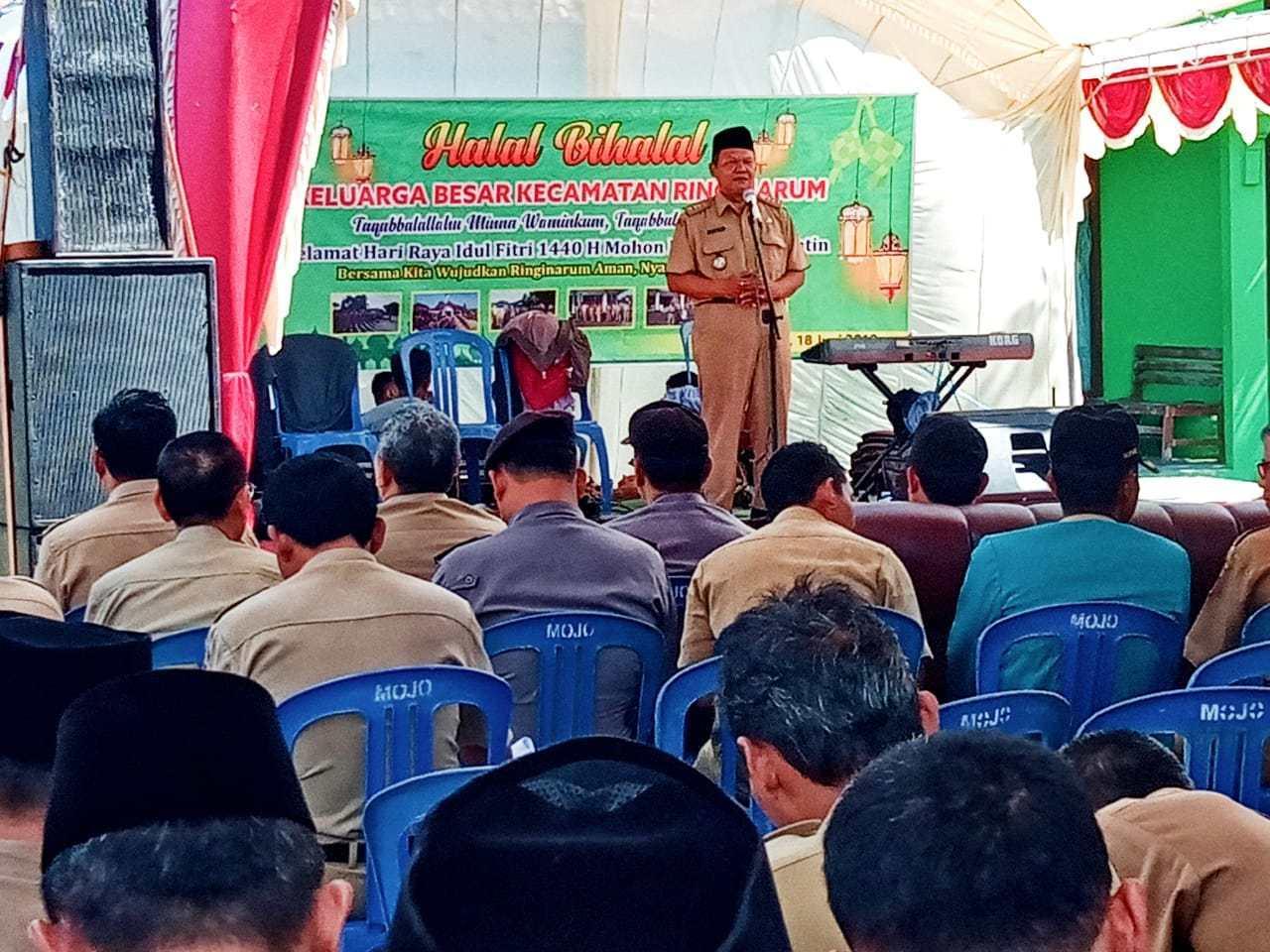 Sambutan Camat Riginarum dalam acara Halal Bihalal Keluarga Besar Kecamatan Ringinarum